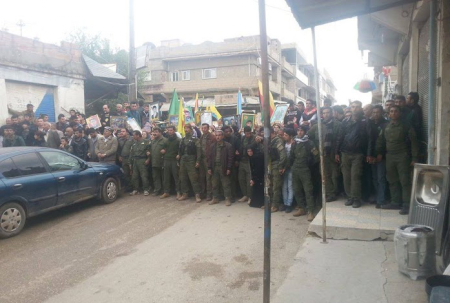 PYD -Gegendemonstration (Foto: eurasia)