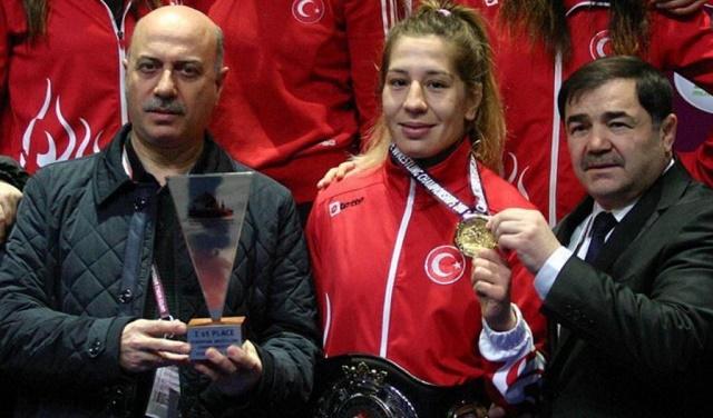 Türkische Ringerin Yasemin Adar (Foto: aa)