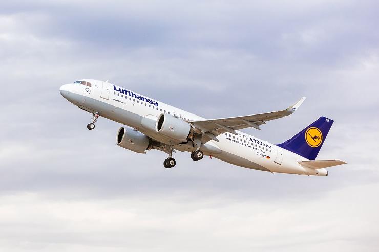 """Der Airbus A320neo (new engine option) ist das jüngste und leiseste Mitglied der Lufthansa-Flotte. Die Maschine wird am 4. Juni am ILA Flugprogramm teilnehmen. (Foto: """"obs/Messe Berlin GmbH/Lufthansa - Oliver Roesler"""")"""