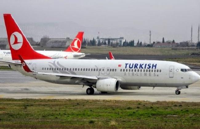 Passagierflugzeug der Turkish Airlines nach Drohanruf geräumt