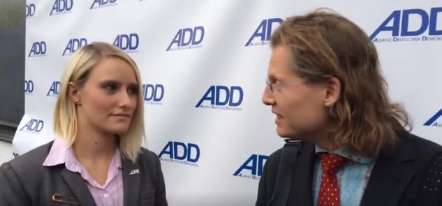 Journalist Martin Lejeune im Gespräch mit Sabrina Hofmann/ADD Hamm (Foto: Martin Lejeune)