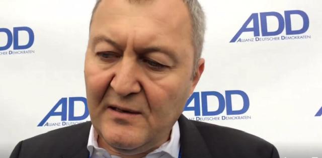 Remzi Aru (ADD) beantwortet Fragen des ZDF