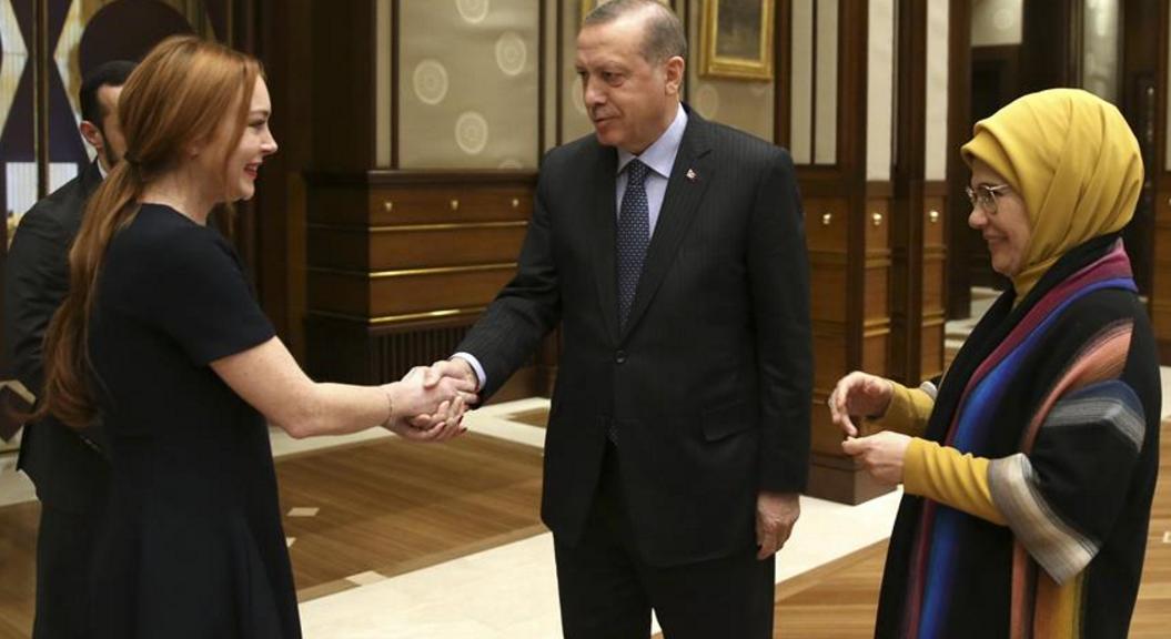 Lindsay Lohan: Was macht sie bei Erdogan?